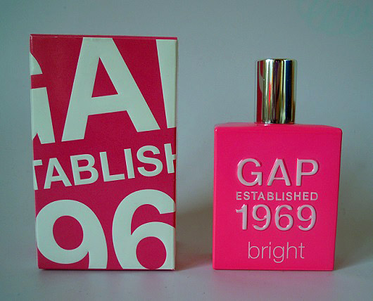 GAP Established 1969 Bright for Woman 1